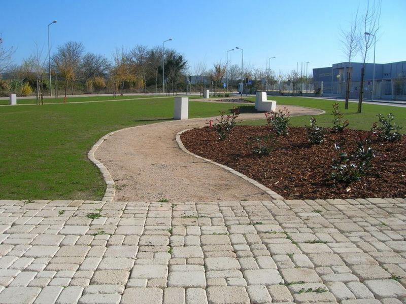 Pavimentos para jardines exteriores dise os for Pavimentos ecologicos para exteriores